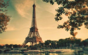 beautiful-eiffel-tower-in-paris-wide